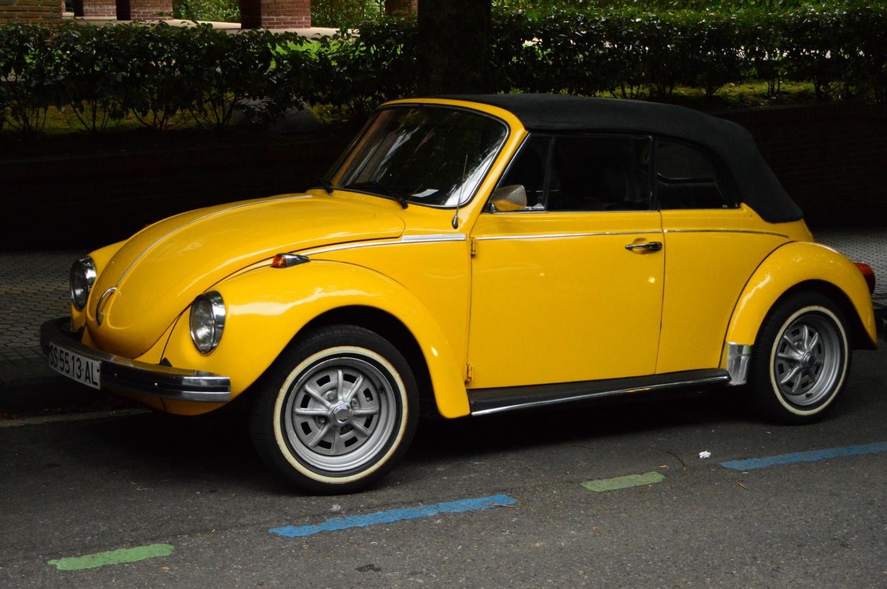 auto-3895862_1920
