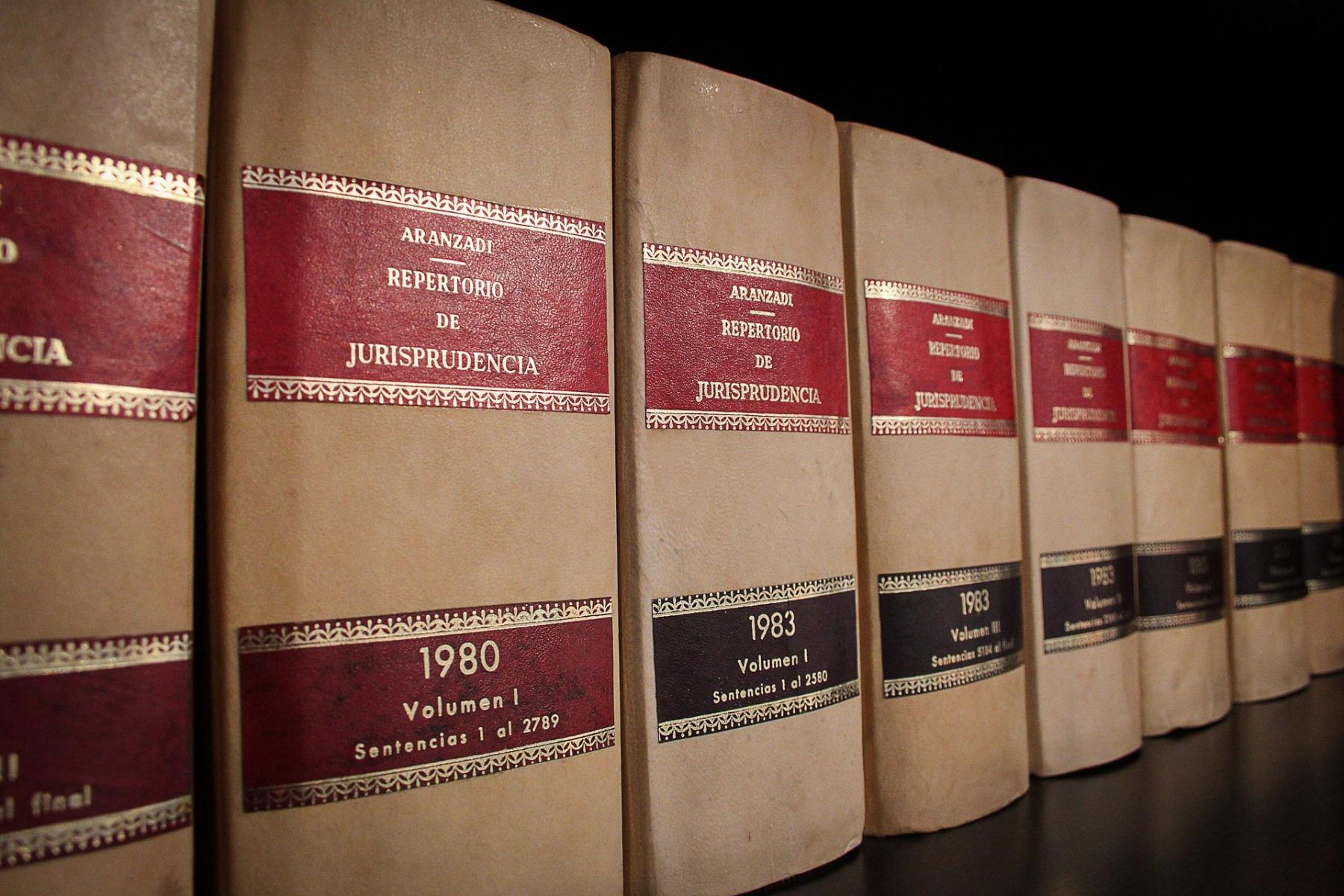 books-1890263_1920
