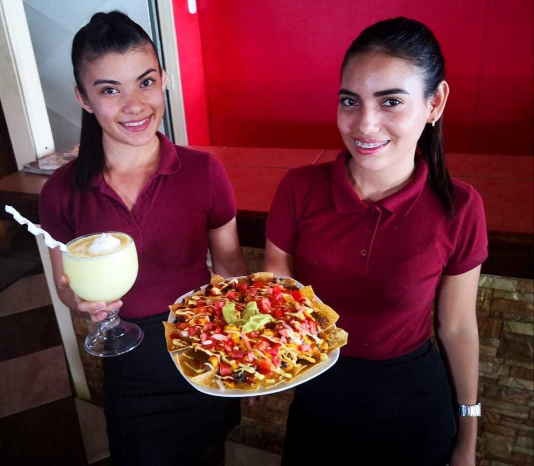 Amarillas-CR-Restaurante-Las-Delicias-del-Comal-12