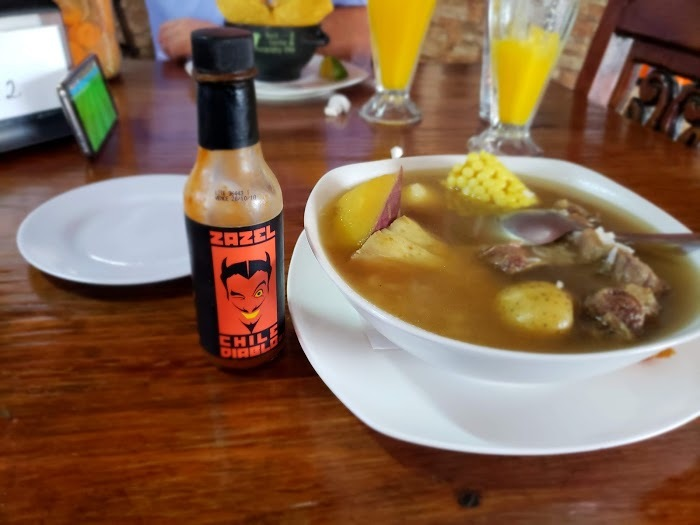 Amarillas-CR-Restaurante-Las-Delicias-del-Comal-9
