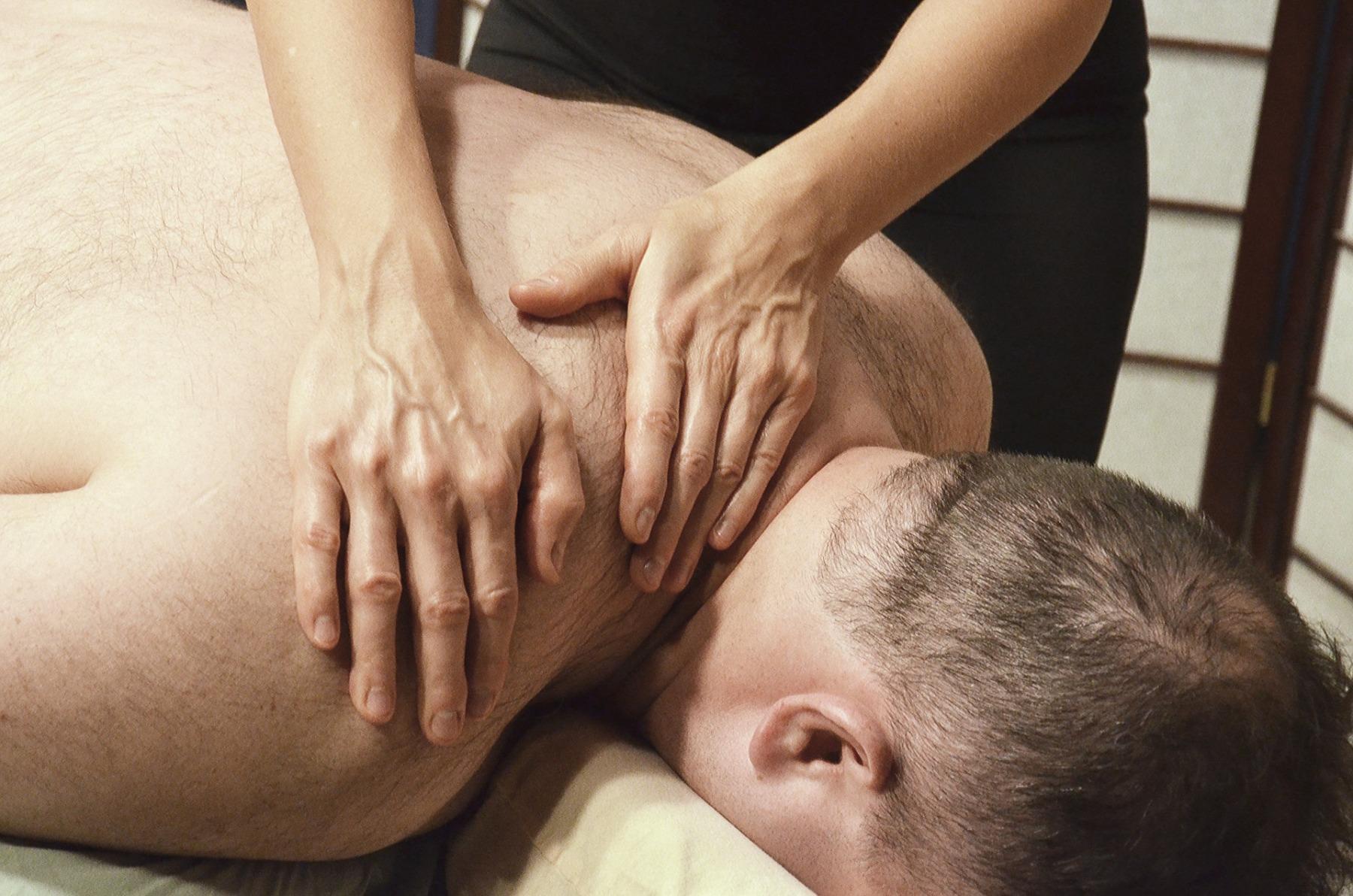massage-2333207_1920
