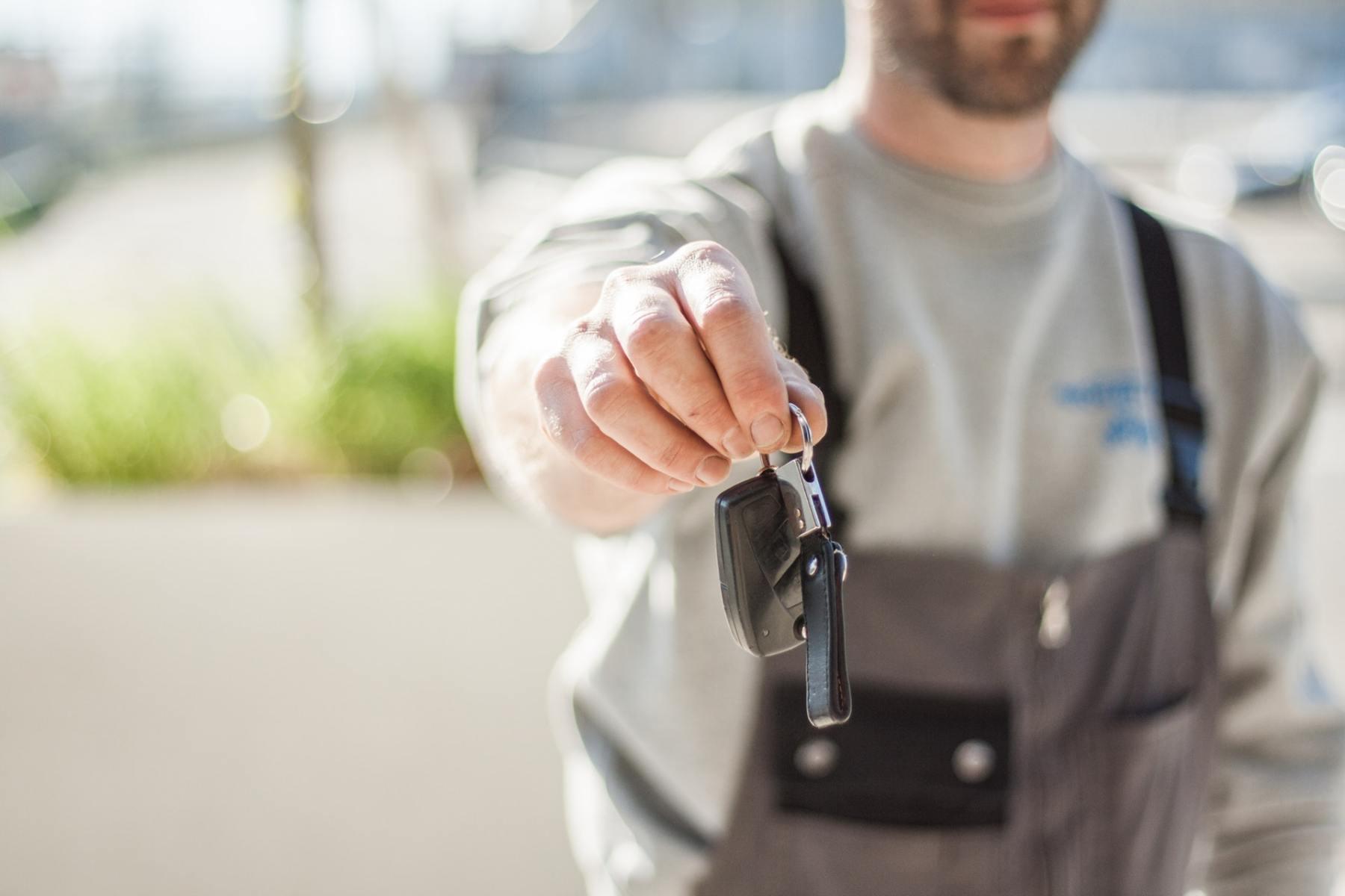 car-driving-keys-repair-97075